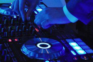 obsługa imprez weselnych przez DJ na wesele